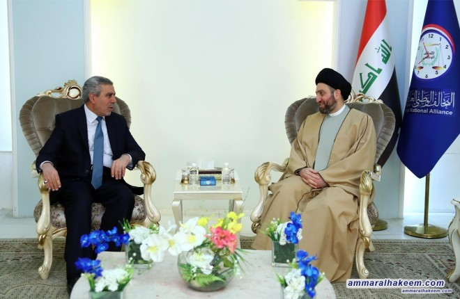 Sayyid Ammar al-Hakim receives Dr. Khudair al-Khuzaie to discuss latest developments in the political situation