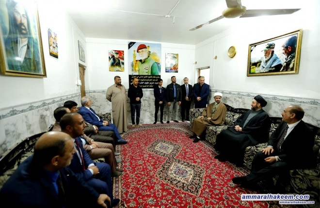 Sayyid Ammar al-Hakim visits families of martyrs in Babil province