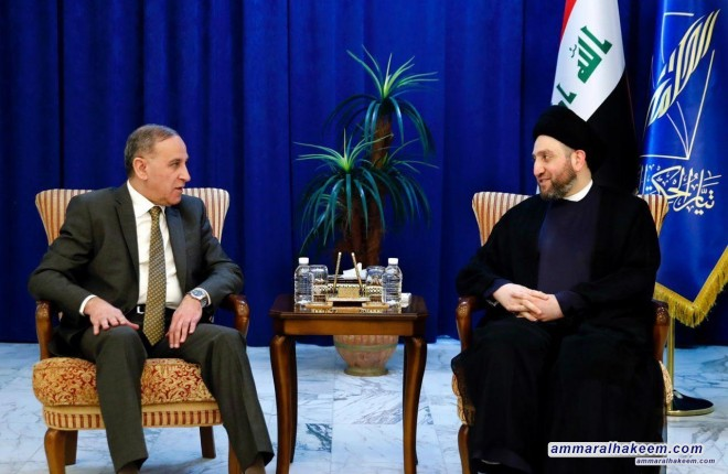 Sayyid Ammar al-Hakim receives Khalid al-Obeidi to discuss the latest developments in the political situation