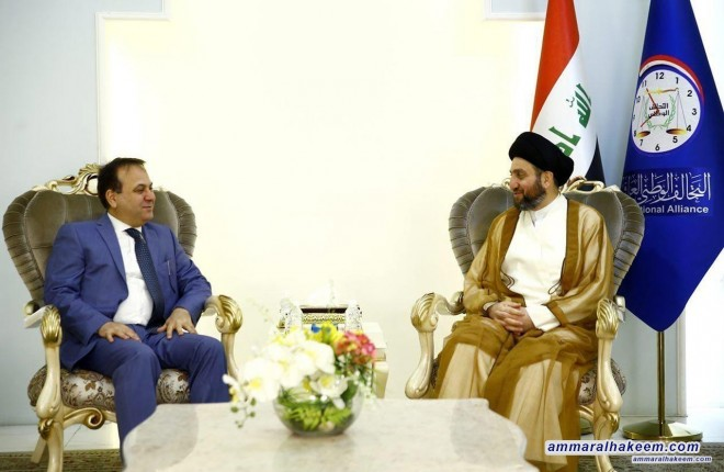 Sayyid Ammar Al-Hakim meets Lebanese Ambassador Ali Al-Habhab to discuss the elections in Iraq and Lebanon and challenges facing the region