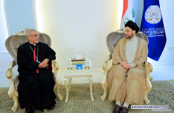 Sayyid Ammar al-Hakim receives the Monsignor patron of the St Joseph Church of the Syro-Catholic to discuss the unity Christians