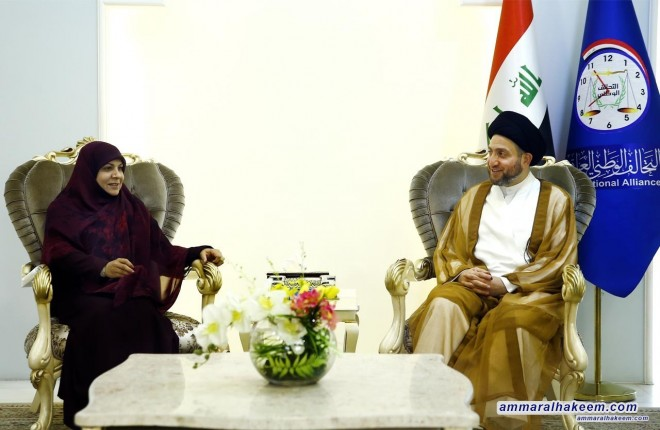 Sayyid Ammar al-Hakim meets head of the Eradaa Movement Dr. Hanan al-Fatlawi to discuss the latest developments in the Iraqi situation