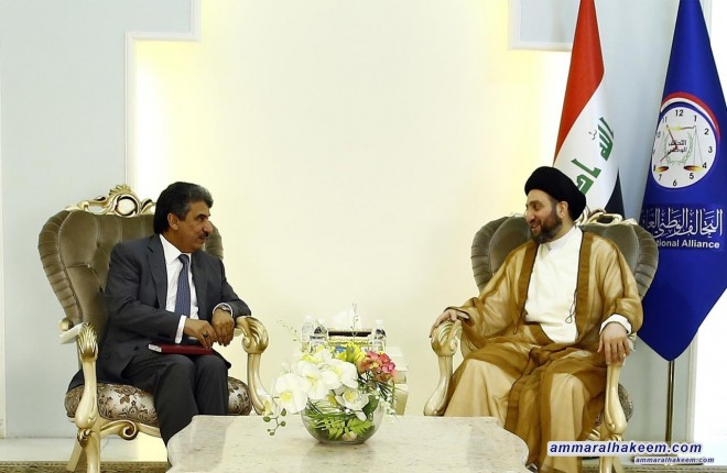 Sayyid Ammar Al-Hakim receives the Ambassador of Kuwait to discuss latest regional developments and supporting Iraq in building and reconstruction