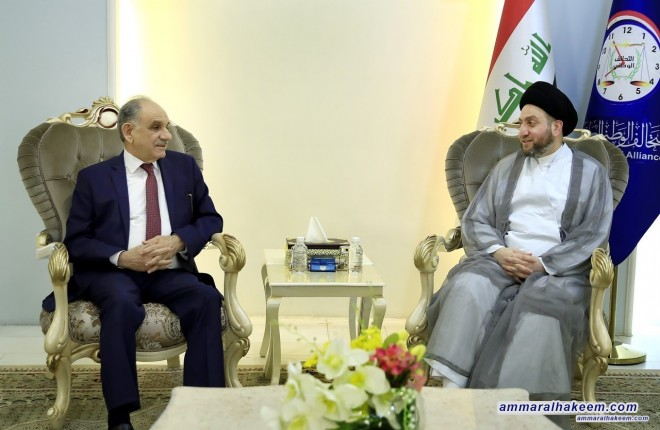 Sayyid Ammar al-Hakim receives Dr. Saleh al-Mutlaq to discuss forming the government and the largest bloc