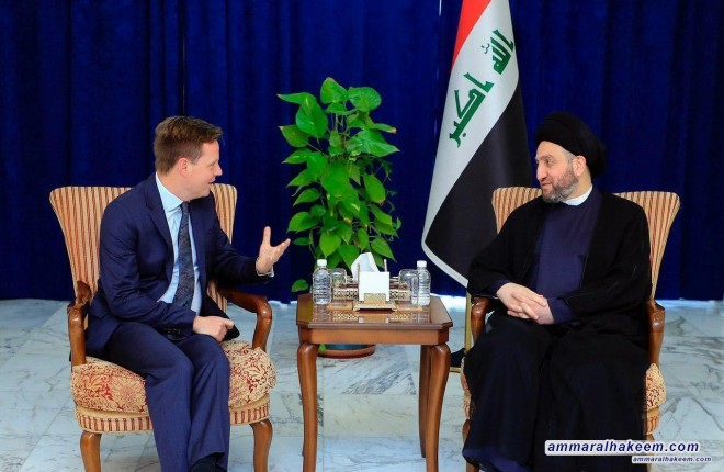 ayyid Ammar Al-Hakim receives the new British Ambassador to discuss developments of the political situation