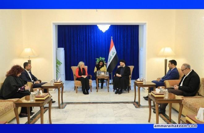 السيد عمار الحكيم يدعو للاسراع في اختيار شخصية مستقلة لرئاسة الحكومة الانتقالية