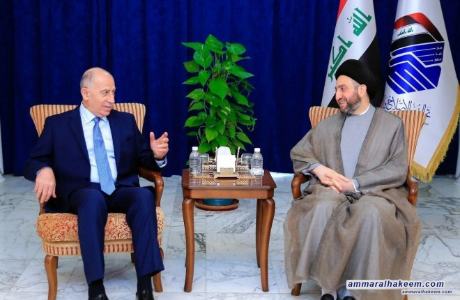 Sayyid al-Hakim receives Nujaifi and stresses on concluding the government cabinet, the reconstruction of Mosul and the resettlement of all displaced families