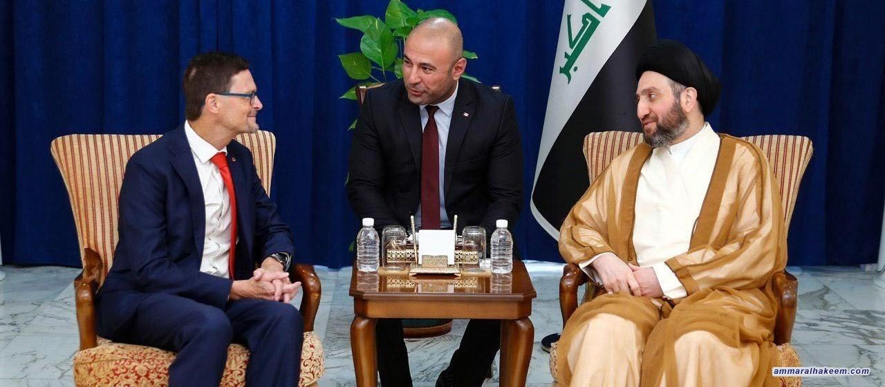 السيد عمار الحكيم يستقبل السفير الكندي ويؤكد على تطوير العلاقات بين العراق وكندا