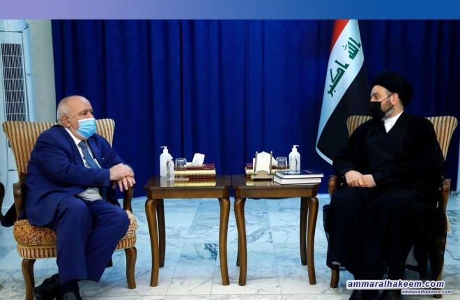 السيد عمار الحكيم يبحث مع السفير الجزائري العلاقات الثنائية بين البلدين
