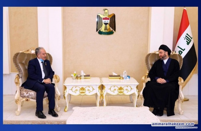 Sayyid Ammar Al-Hakeem discusses medicine status in Iraq & next phase's syndicate role with the Pharmacists Syndicate Chairman
