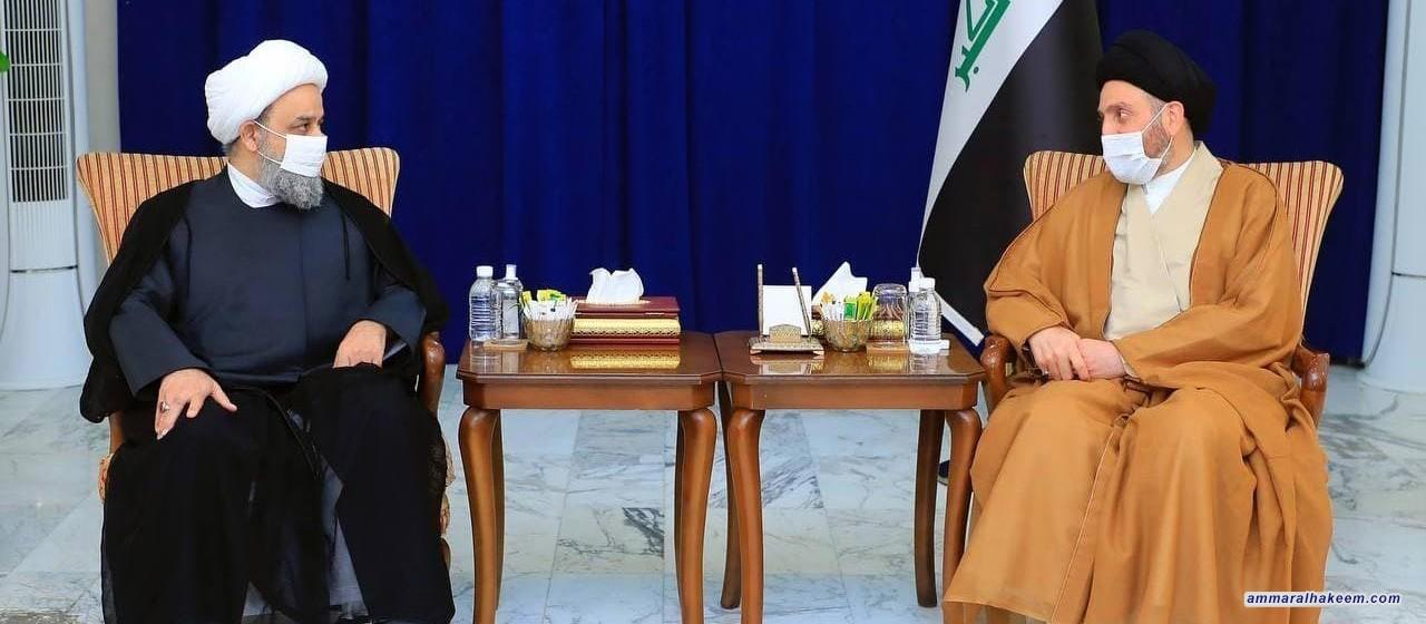 السيد عمار الحكيم يلتقي الشيخ حميد شهرياري ويؤكد على اهمية مواجهة خطاب التطرف ويدعو علماء الائمة لتحصينها من الانحرافات