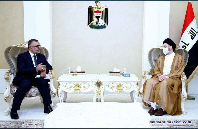السيد عمار الحكيم يستقبل رئيس مجلس الخدمة الاتحادي ويؤكد على معالجة الهيكل الوظيفي للدولة العراقية