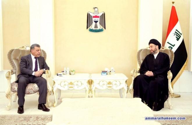 السيد عمار الحكيم يبحث مع محافظ بغداد الواقع الخدمي والاهتمام باحياء الاطراف