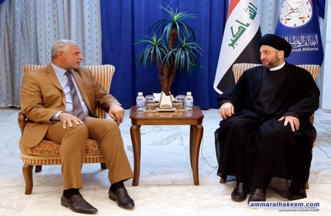 Sayyid Ammar Al-Hakim receives Governor of Kut Mahmoud Al-Mulla Talal to discuss province service situation