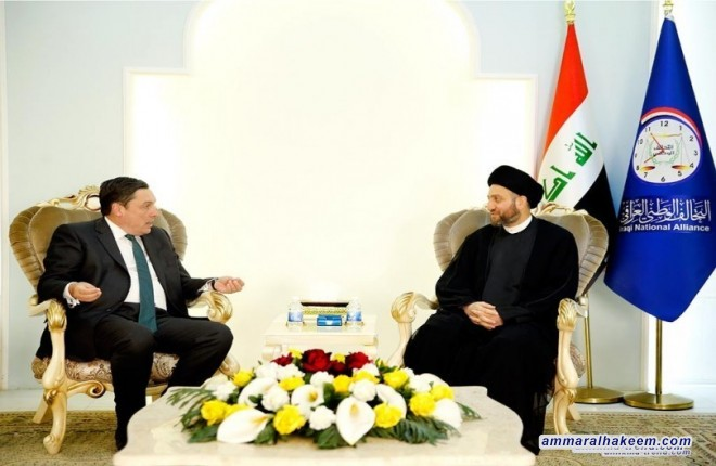 Sayyid Ammar al-Hakim stresses on holding elections on schedule, it is the most important pillars of the democratic system