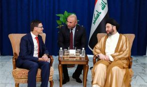 Sayyid Ammar al-Hakim receives the Canadian Ambassador and stresses developing relations between Iraq and Canada