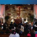 السيد عمار الحكيم يشارك المسيحيين قداس الميلاد المجيد في بعض من كنائس بغداد ويجدد دعمه للمكون المسيحي في العراق والشرق